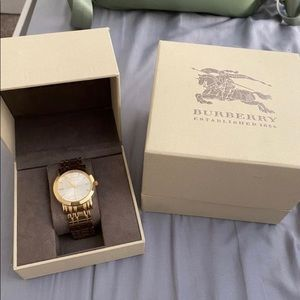 Other - Burberry watch BU1393 Heritage gold tone